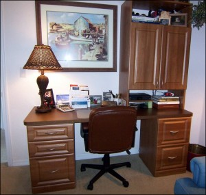 custom home office furniture