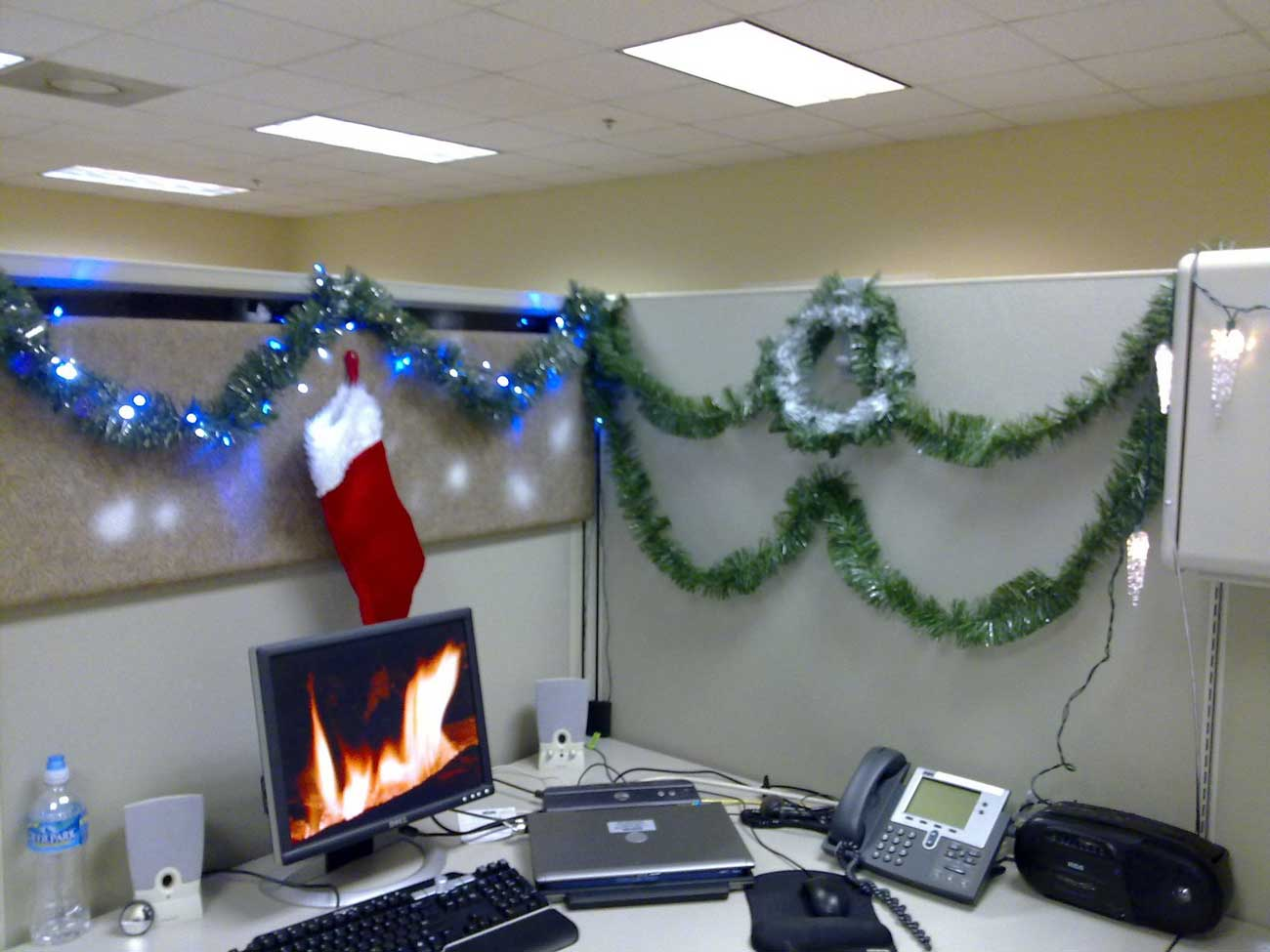 cubicle decoration themes in office