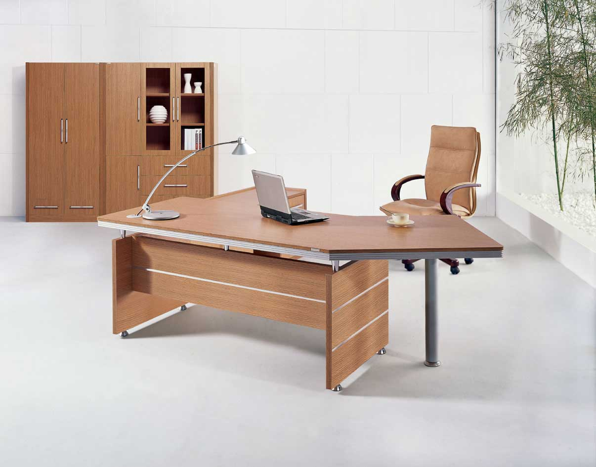 Executive Red Oak Office Desk Melamine