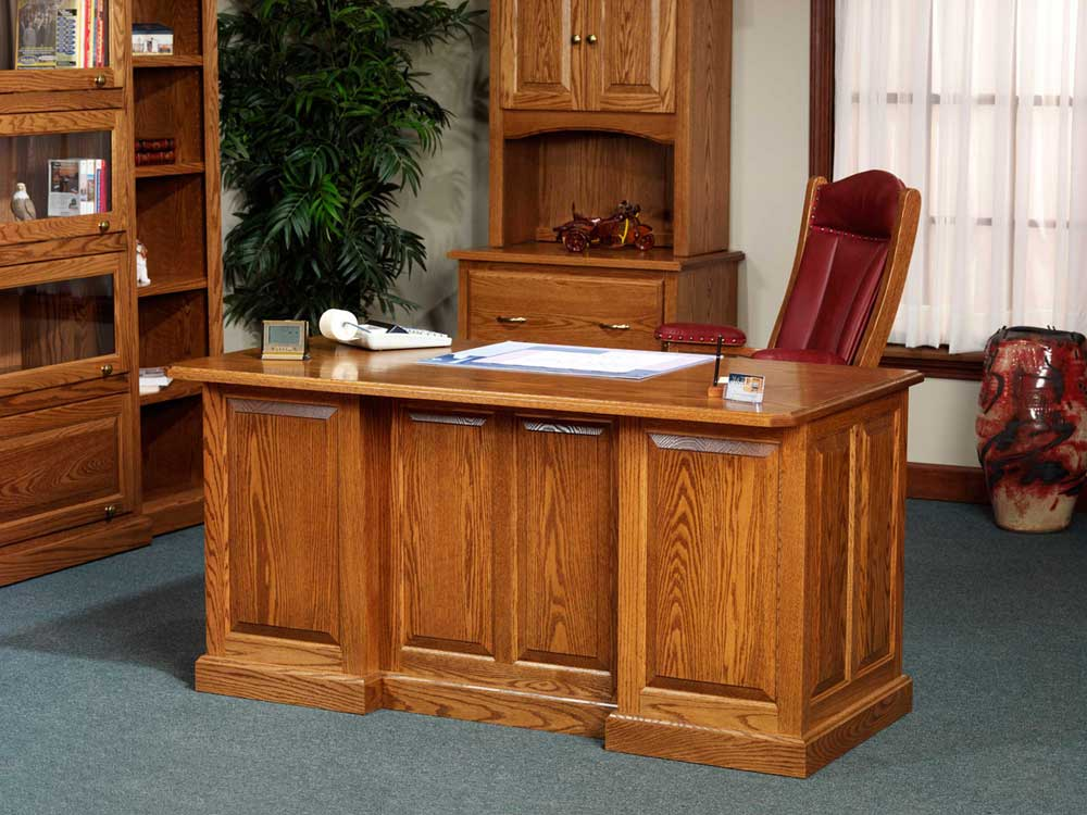 Oak executive desk for natural office look for Where to buy desks for home office