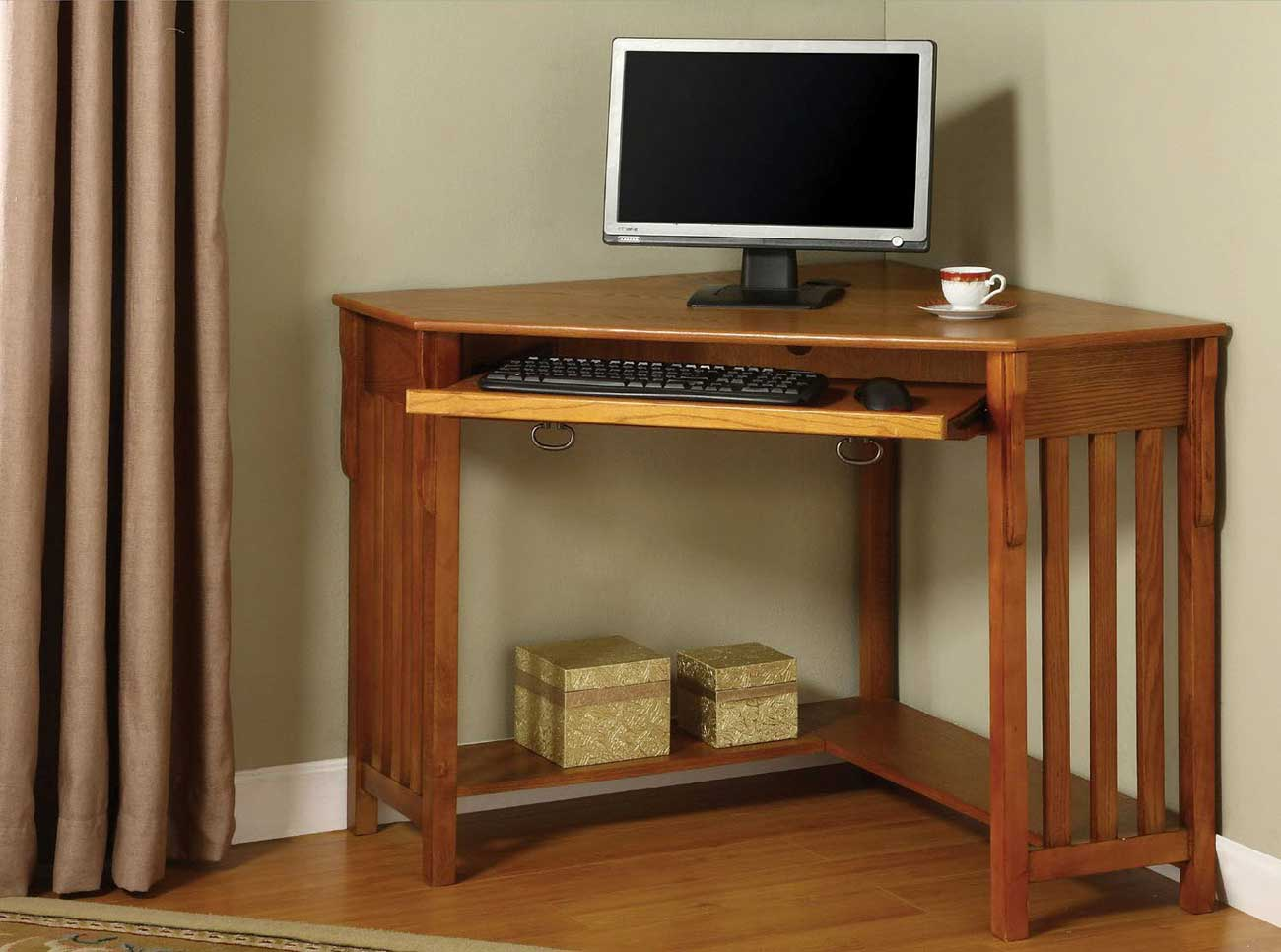 Toledo Corner Office Desk in Oak Finish