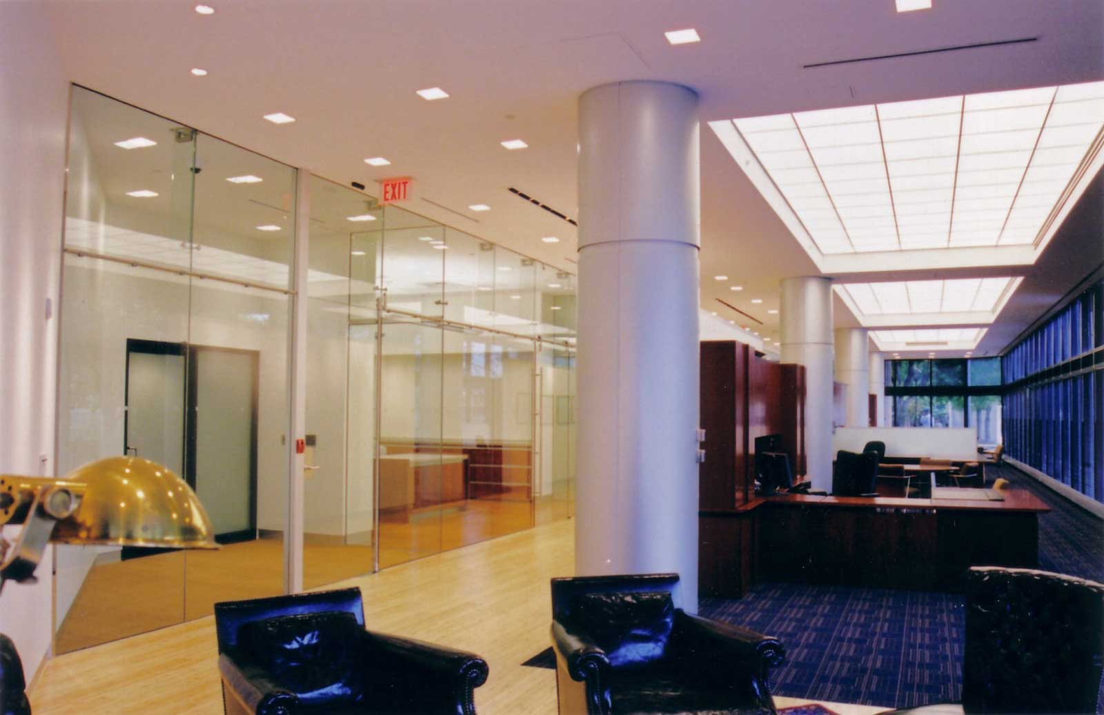 corporate office design ideas with glass panel
