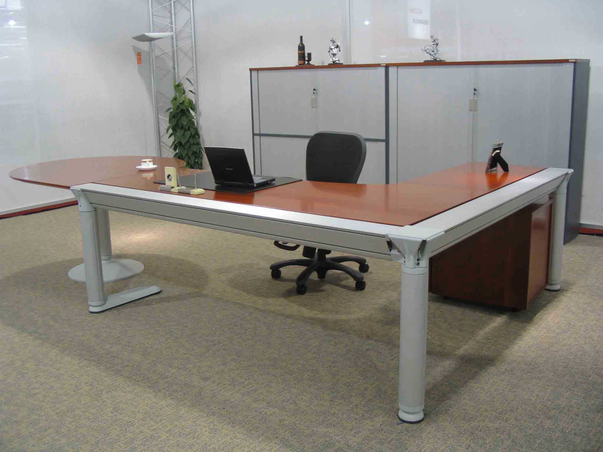 Custom computer desk office furniture - Custom office desk ...