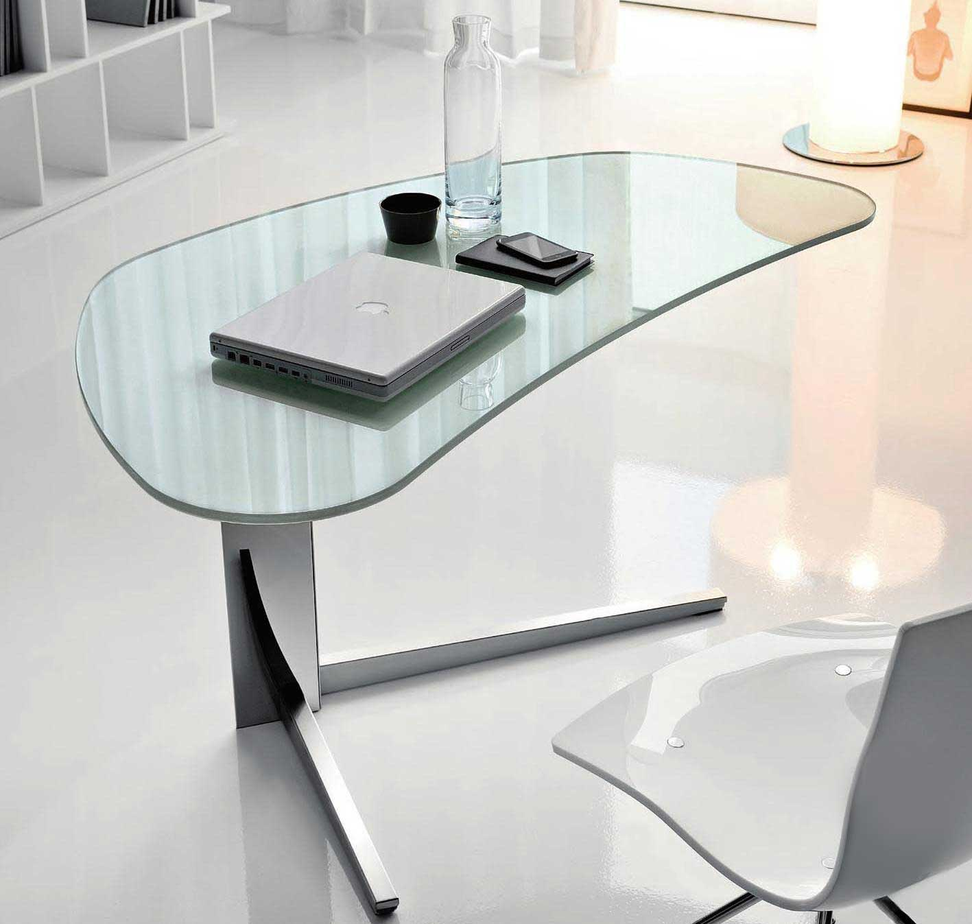 Modern glass desks for flexible work for Modern home office desks