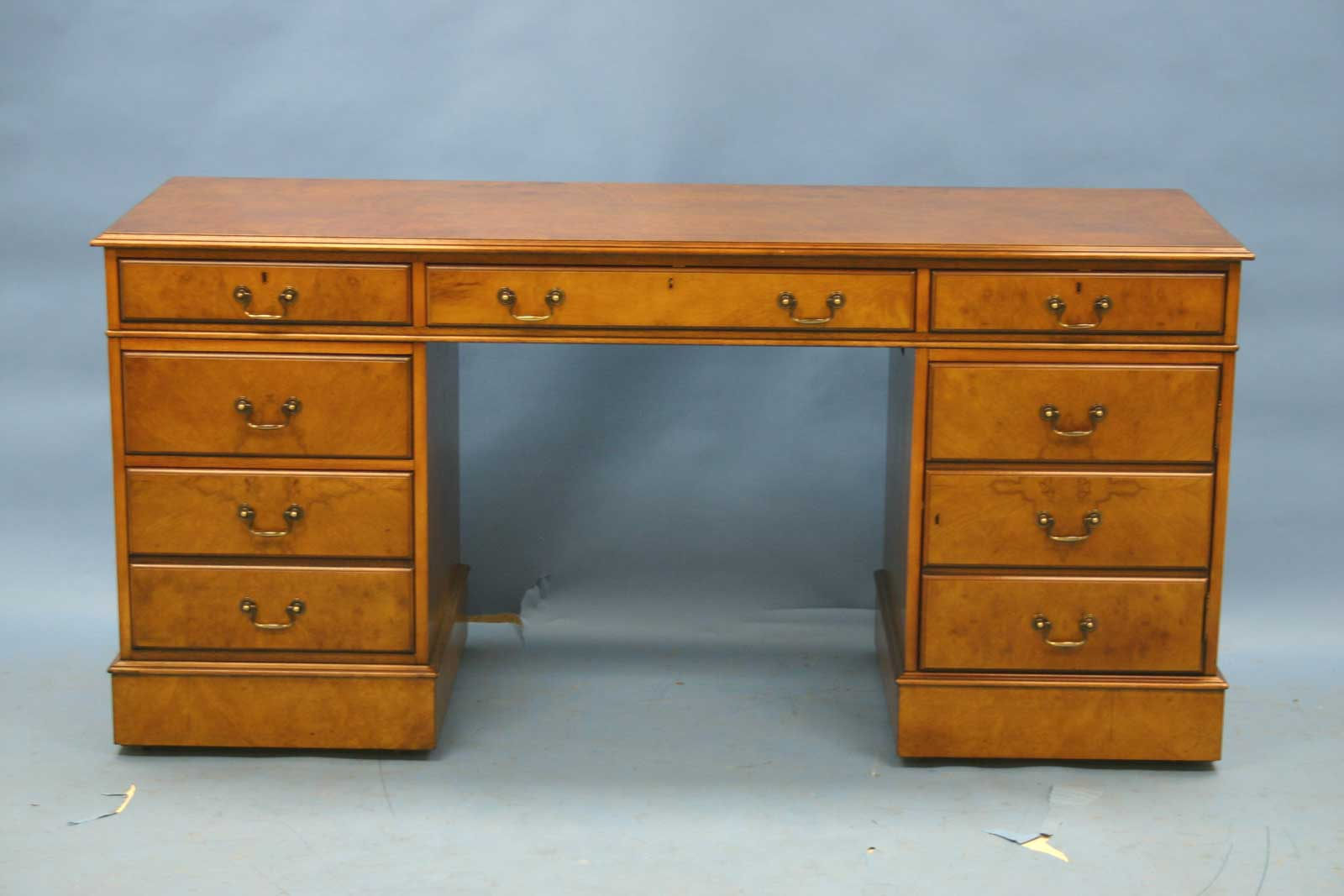 Antique Wooden Credenza Computer Desk with Drawer