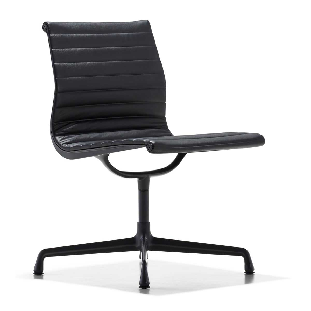 Eames aluminum side chair in black
