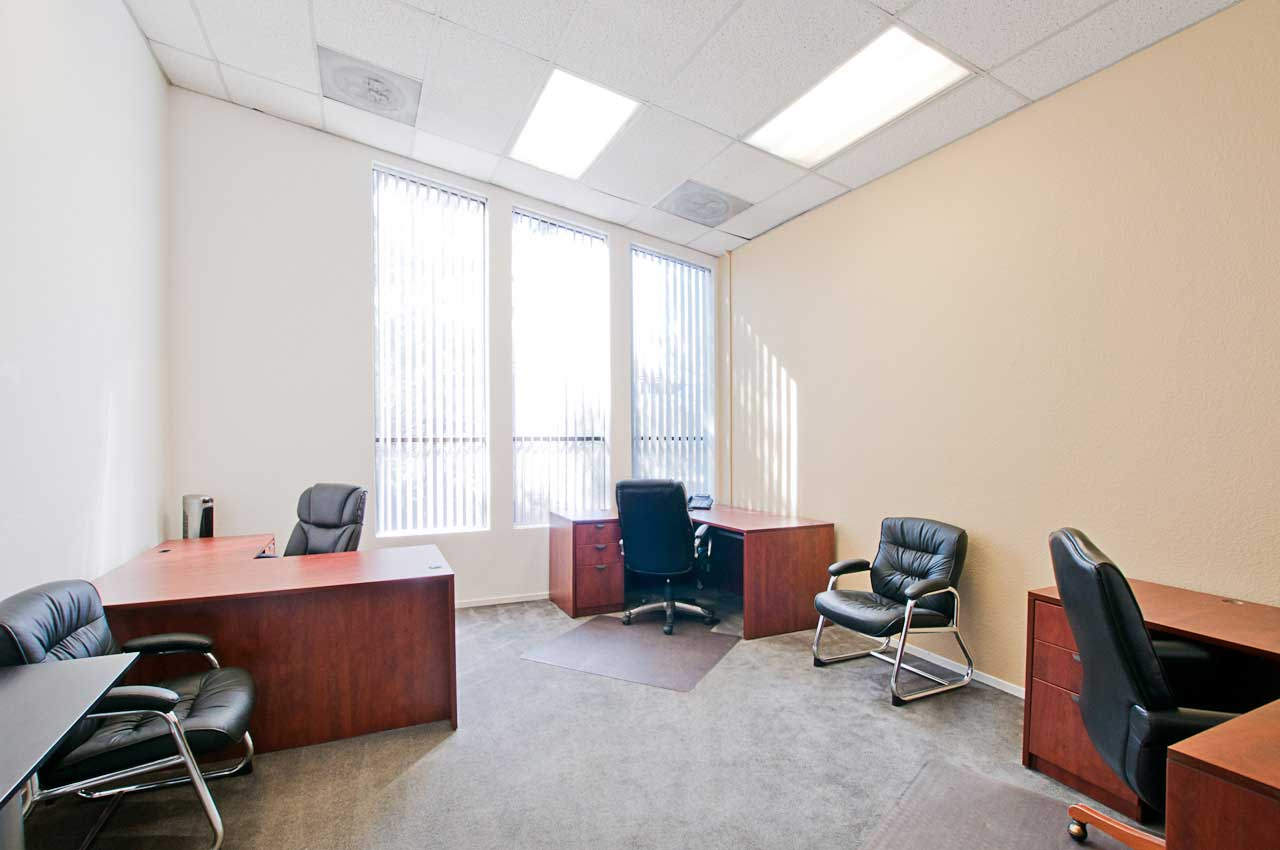 Executive office suites for rent