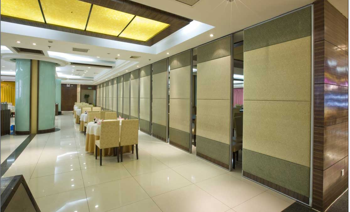 Movable office walls for a wide open space Soundproofing for walls interior