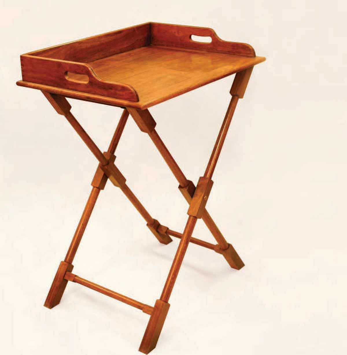 Folding portable table for efficient use for Table retractable