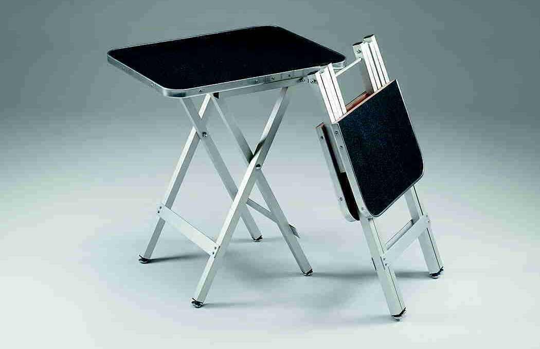 Folding Portable Table For Efficient Use
