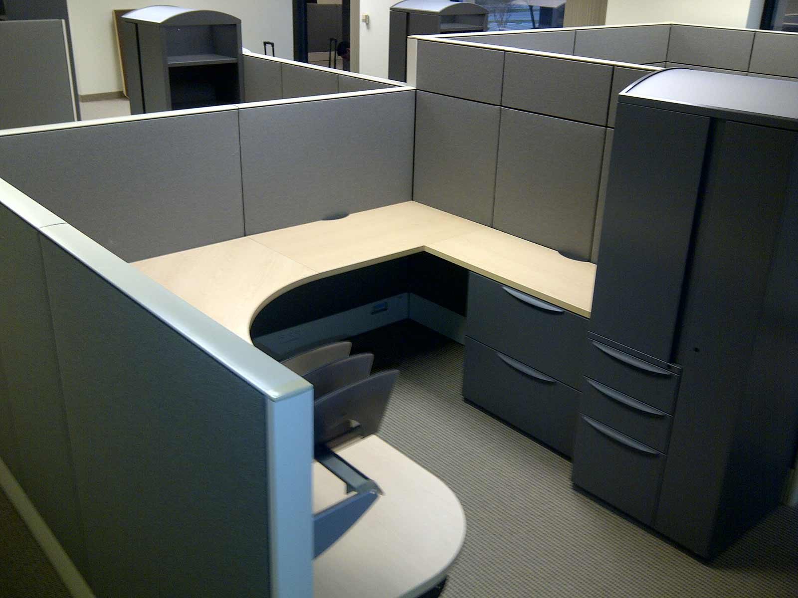 Affordable Office Cubicle Sets in Dallas