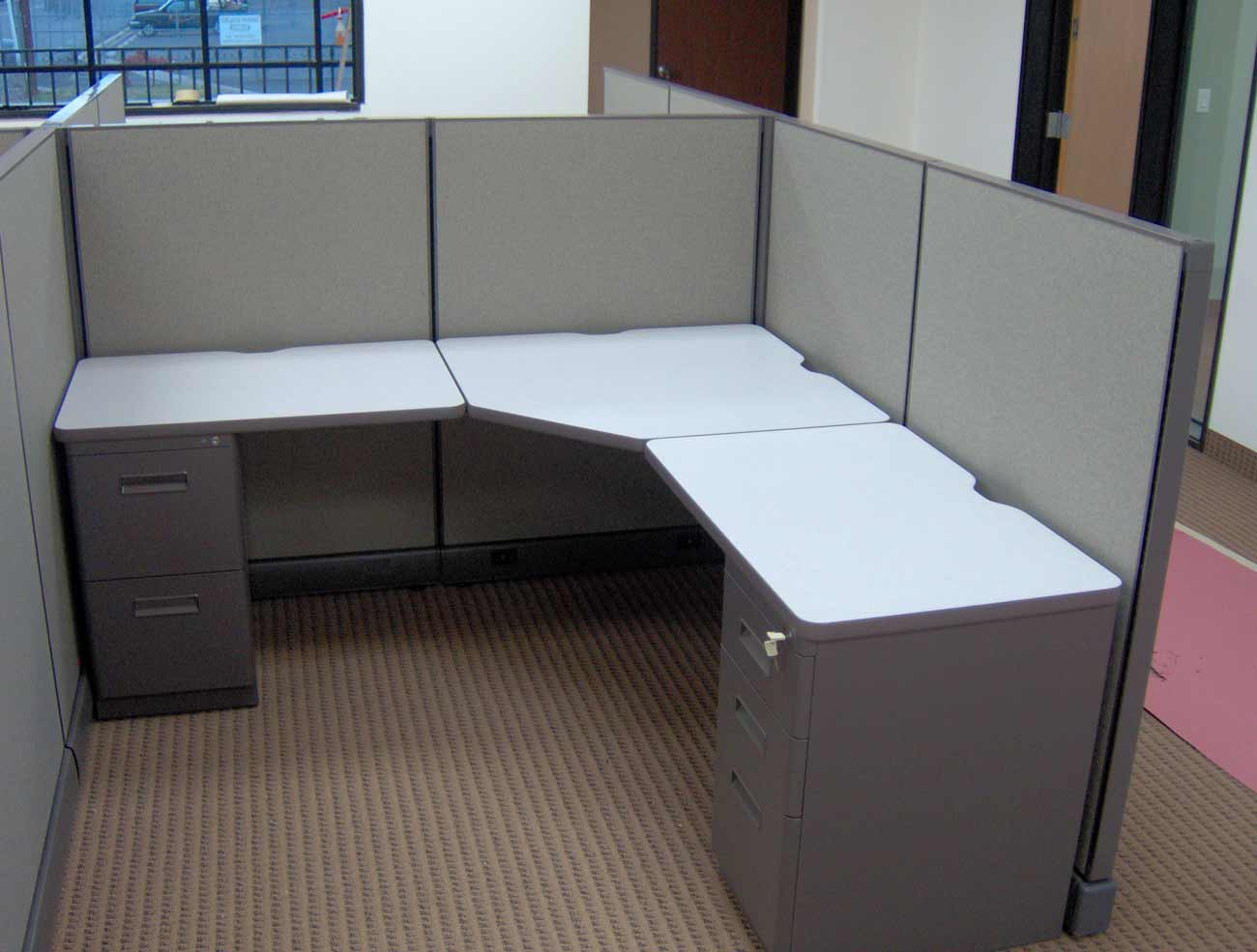Refurbished modular Dallas office cubicles
