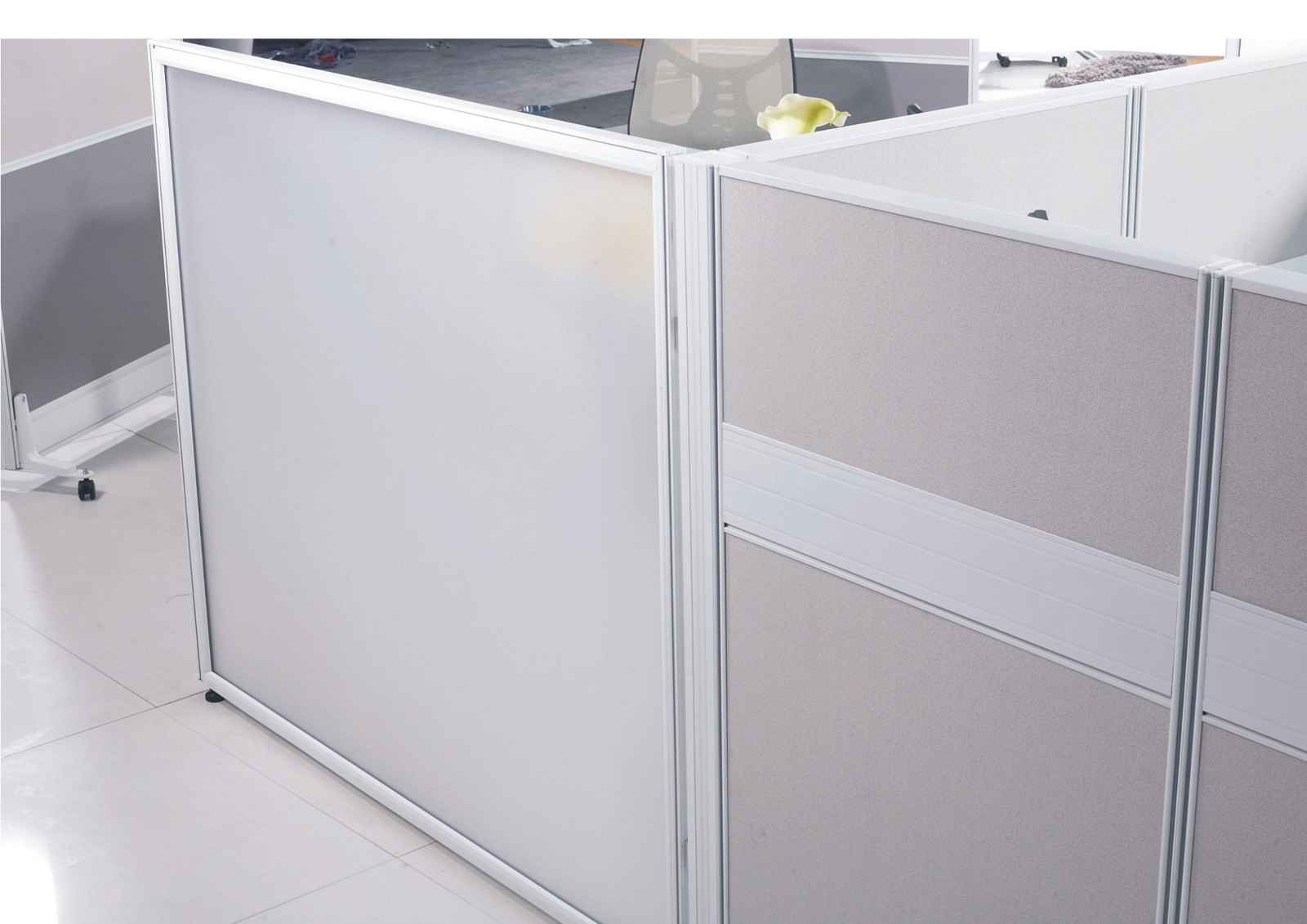 Modular office frosted glass cubicle