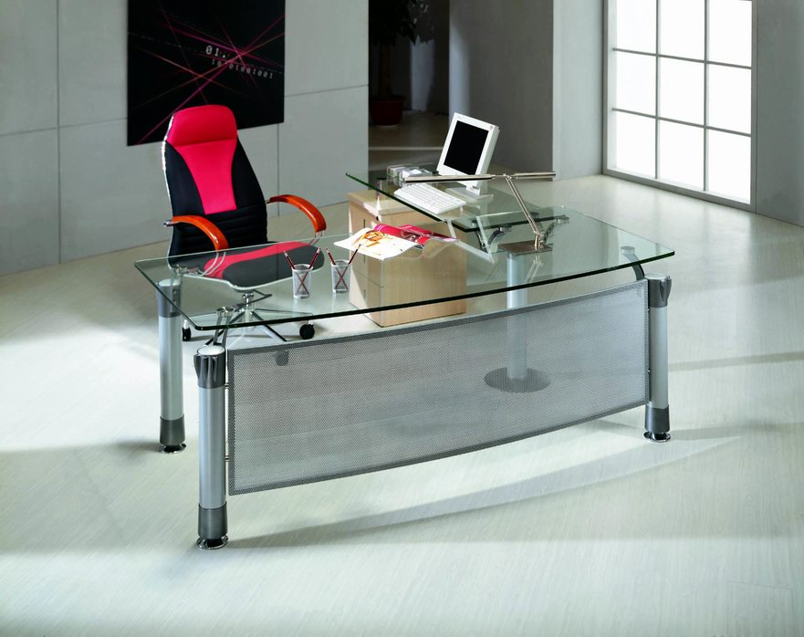 Designer Office Furniture in Luxury Design