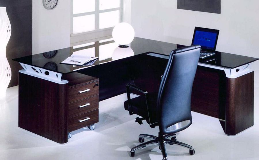 Personal Glass Top L-Shaped Computer Office Table and Chairs